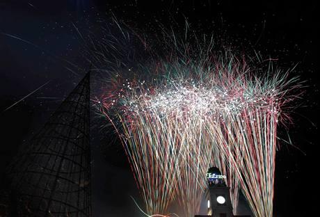 Příchod nového roku a začátek předsednictví EU provázely ve Španělsku mohutné ohňostroje