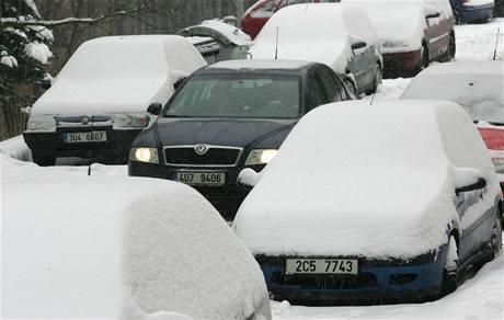Na sídlišti v Děčíně napadlo asi 15 centimetrů sněhu