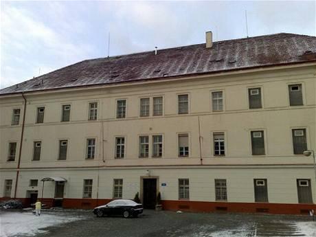 Na psychiatrické klinice na pražském Karlově jeden z pacientů zavraždil jiného pacienta. (2. ledna 2010)