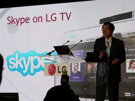 První hovor přes Skype zabudovaný v televizi LG