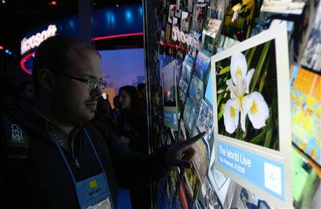 CES 2010 - Intel předvedl sílu nového procesoru Core I7. Takto podle něj vypadá vyhledávání budoucnosti