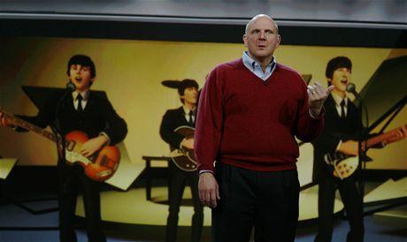 CES 2010 - úvodní projev Steva Jobse, kdo jsou ty chlápci?