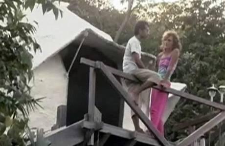 Dvojice se odstěhovala do džungle z města