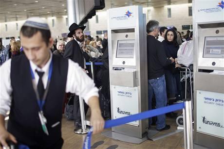 Nové systémy na kontrolu biometrických údajů tak trochu připomínají bankomaty