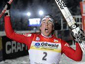 Eldar Rönning triumfuje ve sprintu v rámci seriálu Tour de Ski
