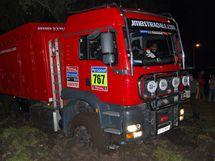 Bivak v bahně při Rallye Dakar 2010