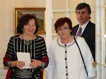 Livia Klausov� a Dana Fischerov� na z�mku v L�nech