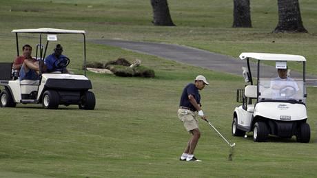 Barack Obama na golfu na Havaji.