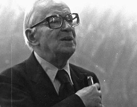 Světoznámý literární vědec René Wellek