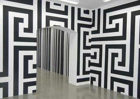 Ze současné výstavy Liama Gillicka v Domě umění České Budějovice