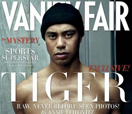 Obálka lednového vydání časopisu Vanity Fair s fotografií Tigera Woodse od Annie Leibovitzové.