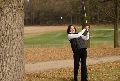 Seriál o golfových pravidlech - odraz míče na hráče.