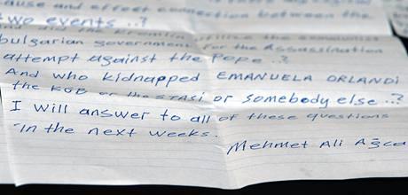 Agcův dopis, v němž slibuje, že odpoví na všechny otázky ohledně atentátu