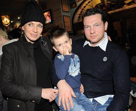 Alice Bendová s rodinou