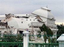 Prezidentský palác na ostrově Haiti neustál zemětřesení 12. ledna 2010.