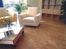 Korkovou podlahou přelakujte, zejména v namáhaných částech bytu