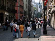 Mexico City. Radnice neví co dál – zavádí sice bezpečnostní kamery, ale kriminalita neklesá