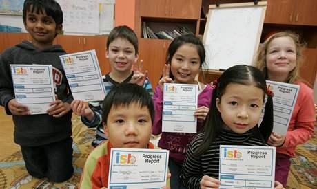 Žáci první třídy International School of Brno dostávali pololetní vysvědčení v jiné podobě než na ostatních školách.