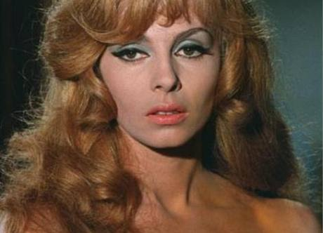 Michele Mercierová ve filmu Nezkrotná Angelika (1967)