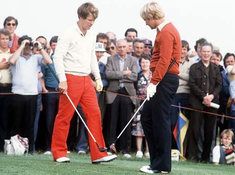 Tom Watson (vlevo) a Jack Nicklaus -