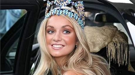 Miss World Taťána Kuchařová se 6. října setkala s premiérem Mirkem Topolánkem