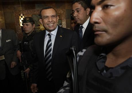 Nově zvolený honduraský prezident Porfirio Lobo