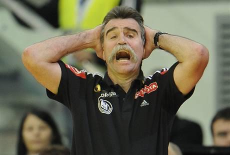 Reakce kouče německých házenkářů Heinera Branda v utkání proti Čechům