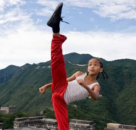 http://i.idnes.cz/10/013/gal/TT30bff2_2010_the_karate_kid_002.jpg