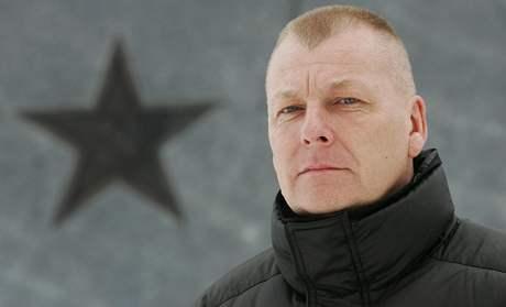 René Pelán u pomníku rudoarmějců.