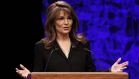 Sarah Palinová odkryla své poznámky na dlani už při projevu
