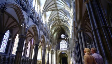 Impozantní středověká katedrála v Lincolnu.