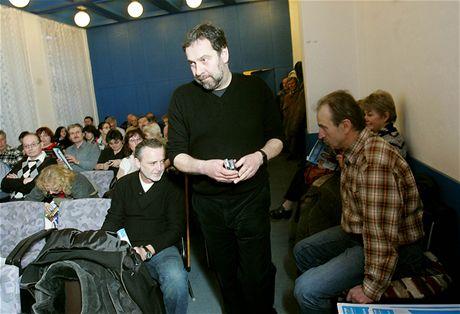 Radek John na debatě strany Věci veřejné v Děčíně (3. února 2010)