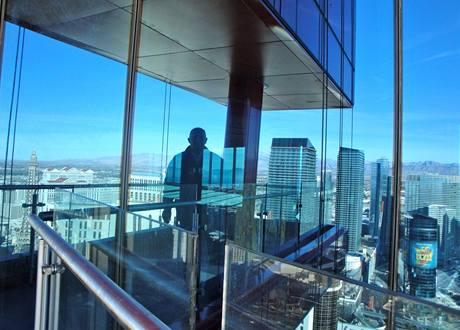 Stavba, její autor a výhled na Las Vegas