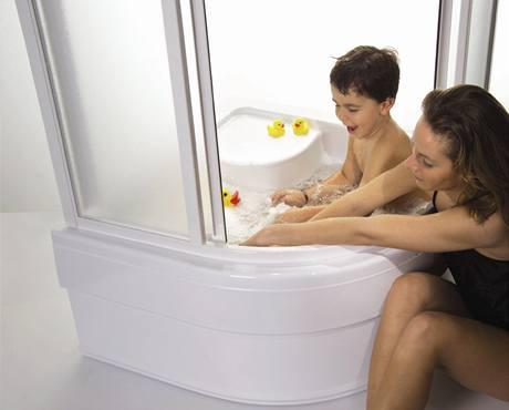 Hlubší sprchová vanička nahradí dětem vanu