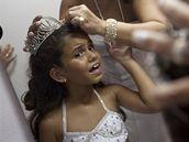Královnou samby na karnevalu v Rio de Janeiru se má stát sedmiletá Julia Lira