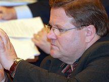 Zdeněk Škromach (ČSSD) na mimořádné schůzi Poslanecké sněmovny. (9.2.2010)