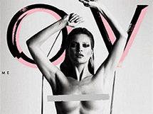 Nahá Kate Moss na obálce časopisu Love.