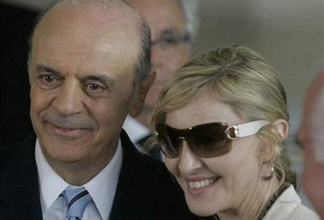 Madonna s guvernérem Josem Serrou