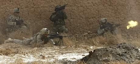 Vojáci NATO téměř ovládli jihoafghánské město Mardžáh