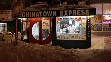 Ani sněhová kalamita neomezila provoz čínského bistra ve Washingtonu.