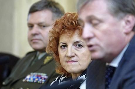 Topolánek podle Parkanové chtěl, aby zakázku řídil jeho muž na ministerstvu obrany - Martin Barták.