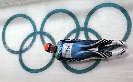 Argentinský sáňkař Ruben Gonzalez na olympijské dráze