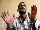 Zadržený afghánský narkoman v nemocnici v Kábulu.
