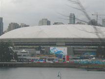 Sky Train - pohled ze soupravy na BC Place