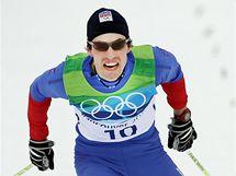 Český běžec Martin Koukal při závodě na 15 km volnou technikou. (15. února 2010)