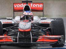 Jenson Button s monopostem McLarenu při testech v Jerezu