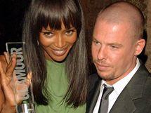 Alexander McQueen s Naomi Campbellovou
