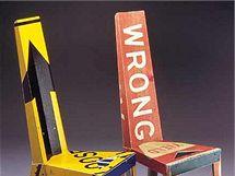 Židle z dopravních značení, autor Boris Bally, USA