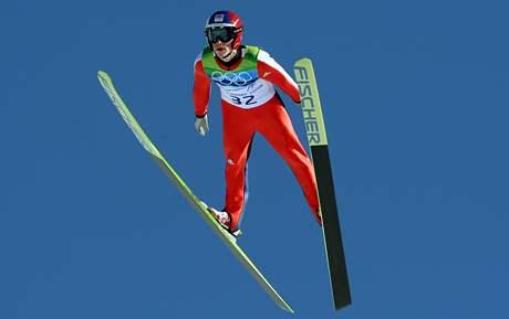 Antonín Hájek při svém skoku na velkém můstku na ZOH ve Vancouveru.
