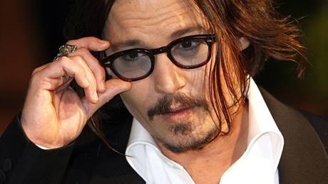 Londýnská premiéra filmu Alenka v říši divů - herec Johnny Depp